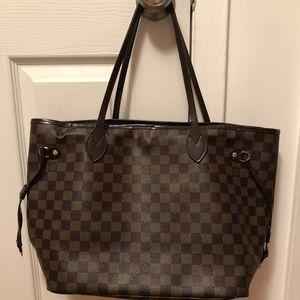 Handbags - Beautiful tote
